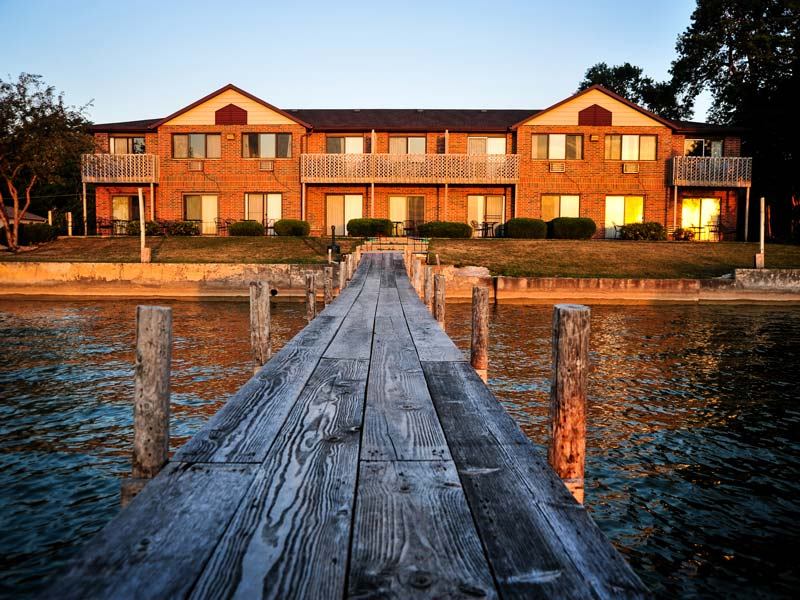 Hotel Rooms In Clear Lake Iowa